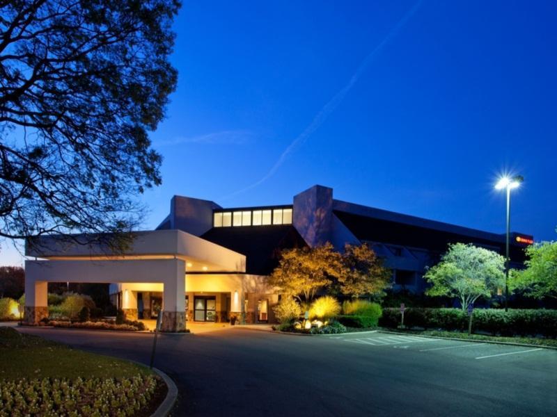 Hotels Near Easton Columbus Ohio