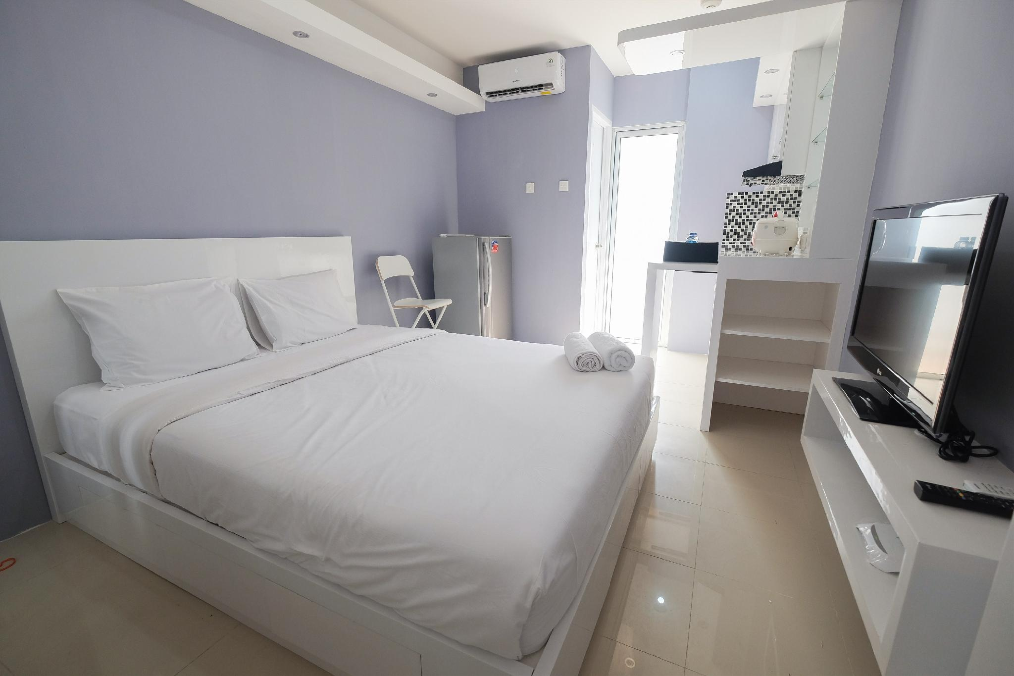 Best Deal Studio Bassura Apartment By Travelio