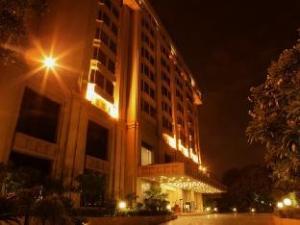 Apie The Metropolitan Hotel & Spa (The Metropolitan Hotel & Spa)