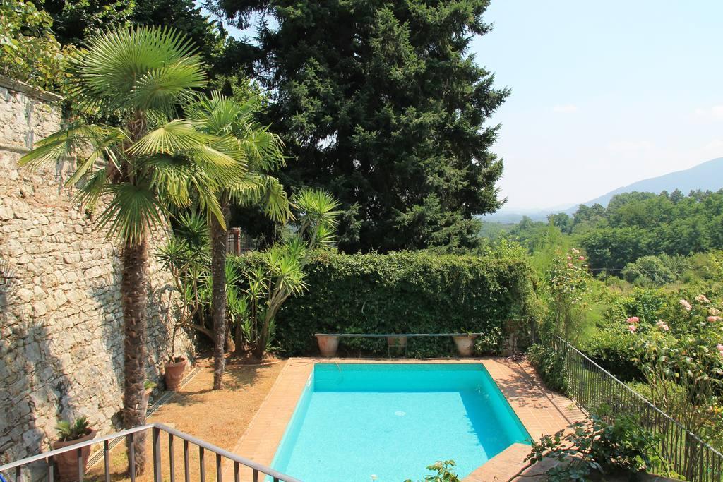 Hintown Swim And Stone Villa