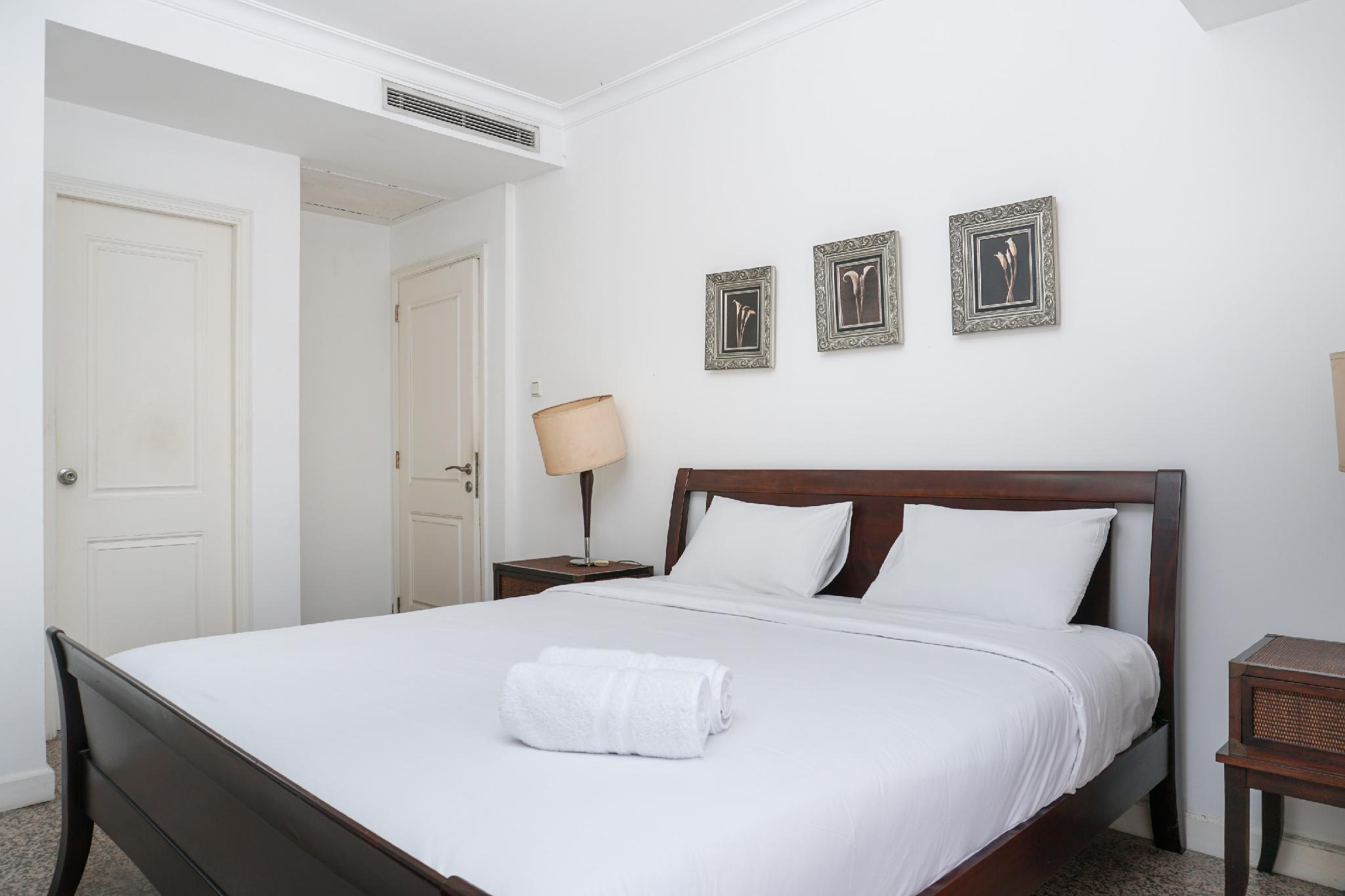 Homey 2BR At Pavilion Apartment By Travelio
