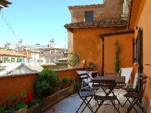 Pantheon Panoramic Terrace 2 Bedroom Apartment