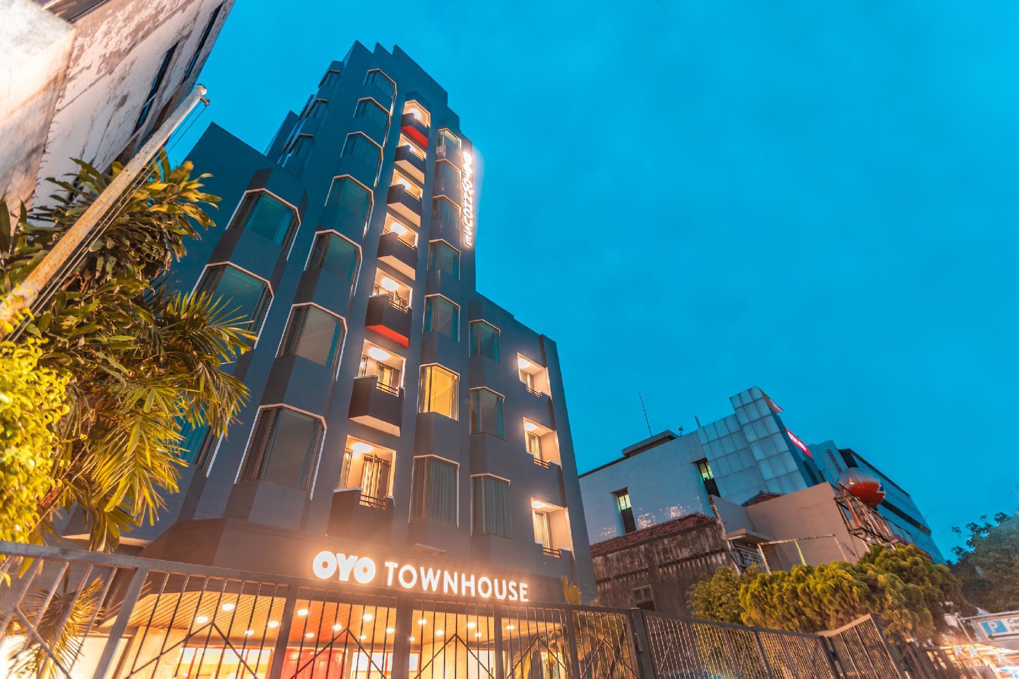 OYO Townhouse 2 Hotel Gunung Sahari