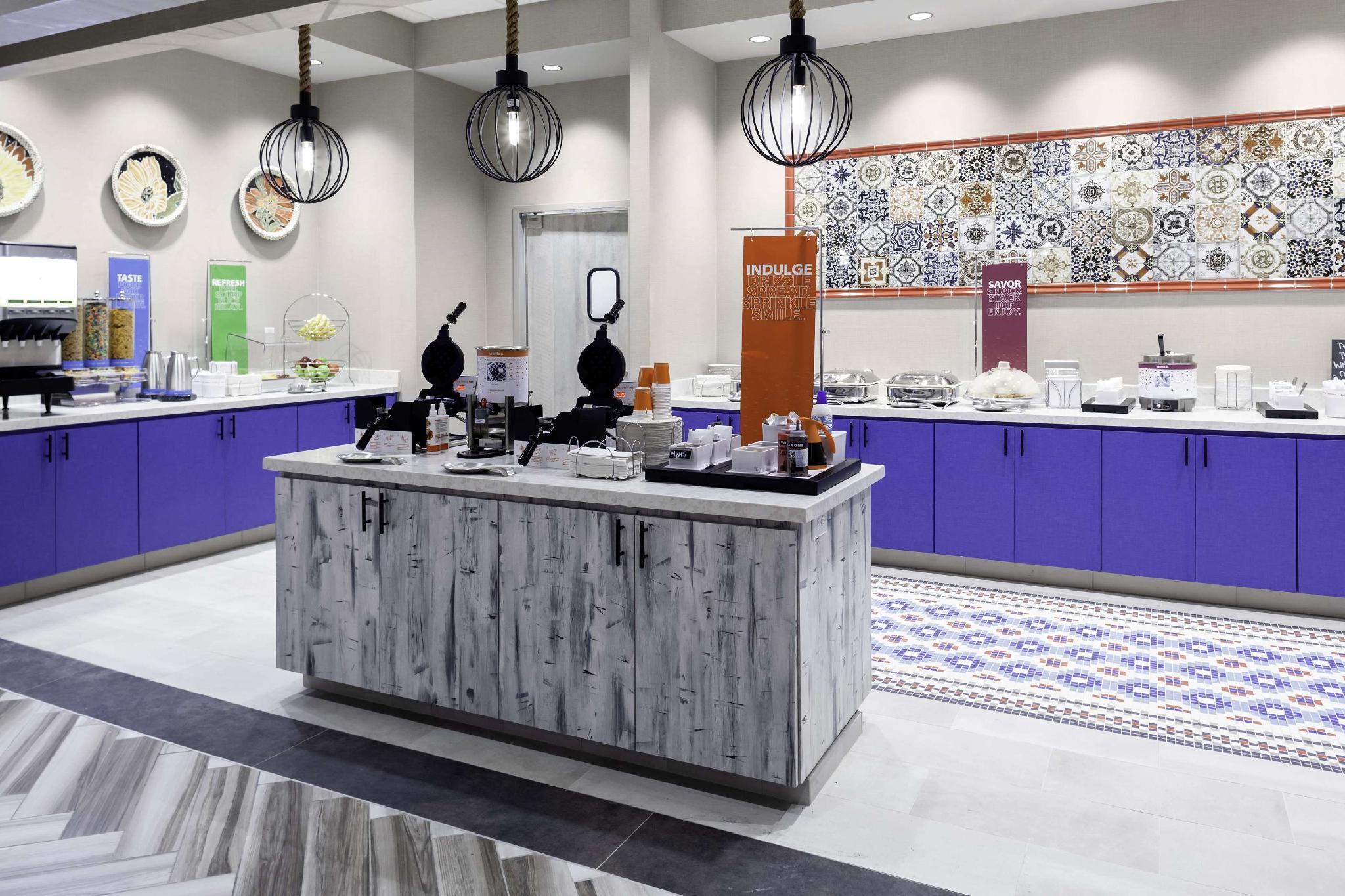 Hampton Inn And Suites San Antonio Riverwalk