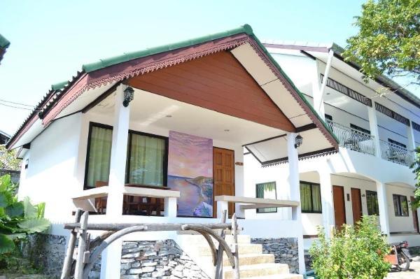 Benjaporn Bungalow Chonburi