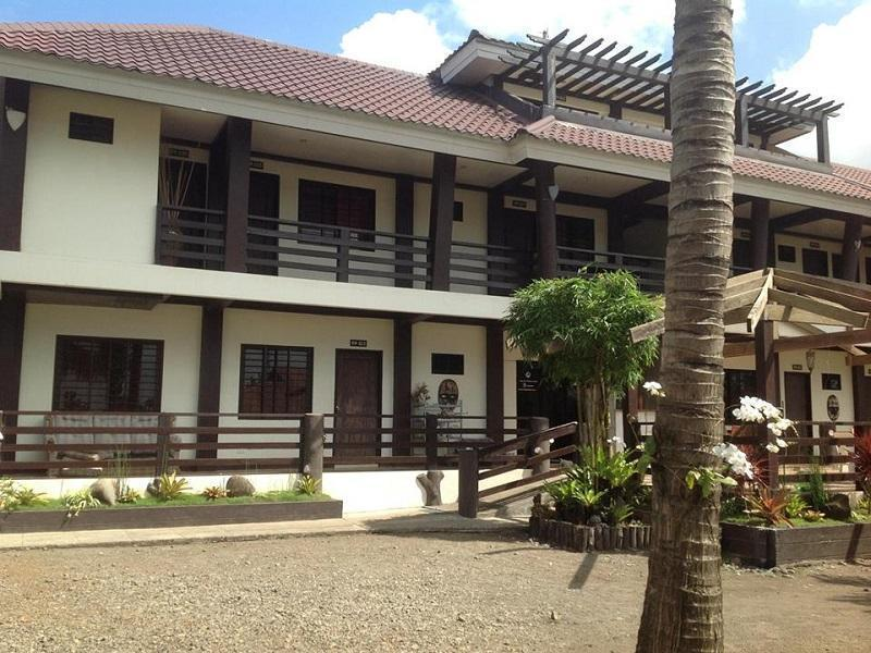 Costa Carina Beach Front Resort
