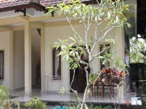 Sanjaya Home Stay