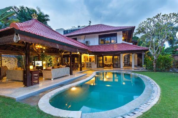 Adelle Villas Seminyak Bali - 3 Bedroom Villas Bali