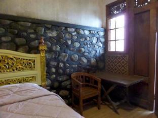 Pondok Wisata Adas Hotel 2