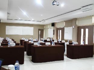 Safwah Bintaro Guest House Syariah