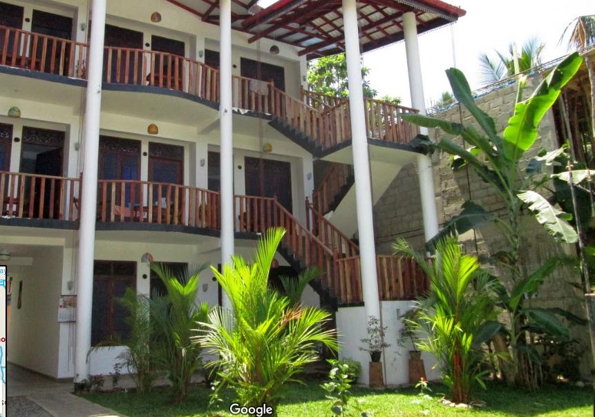 Yoho Villa Tropicana