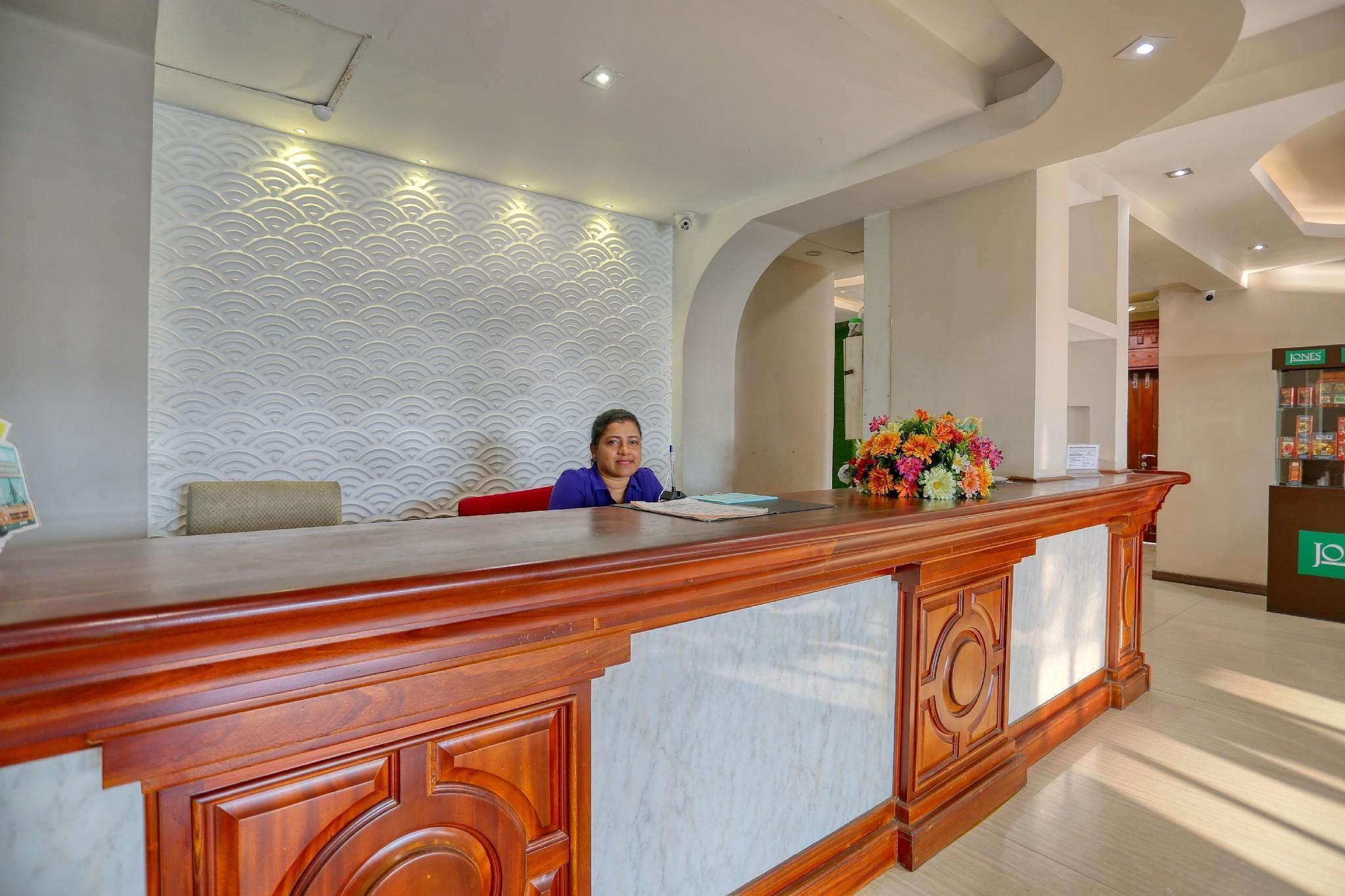 Lazaani Hotel Colombo