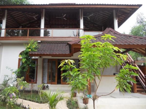 Soraya Yoga Wellness Center Lodging Lombok