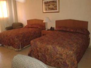 Le Monte Cristo Hotel and Suites