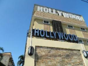 關於荷里活套房及度假村 -馬里勞 (Hollywood Suites and Resort - Marilao)