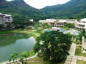 Condotel at Mt.Pico de loro beach