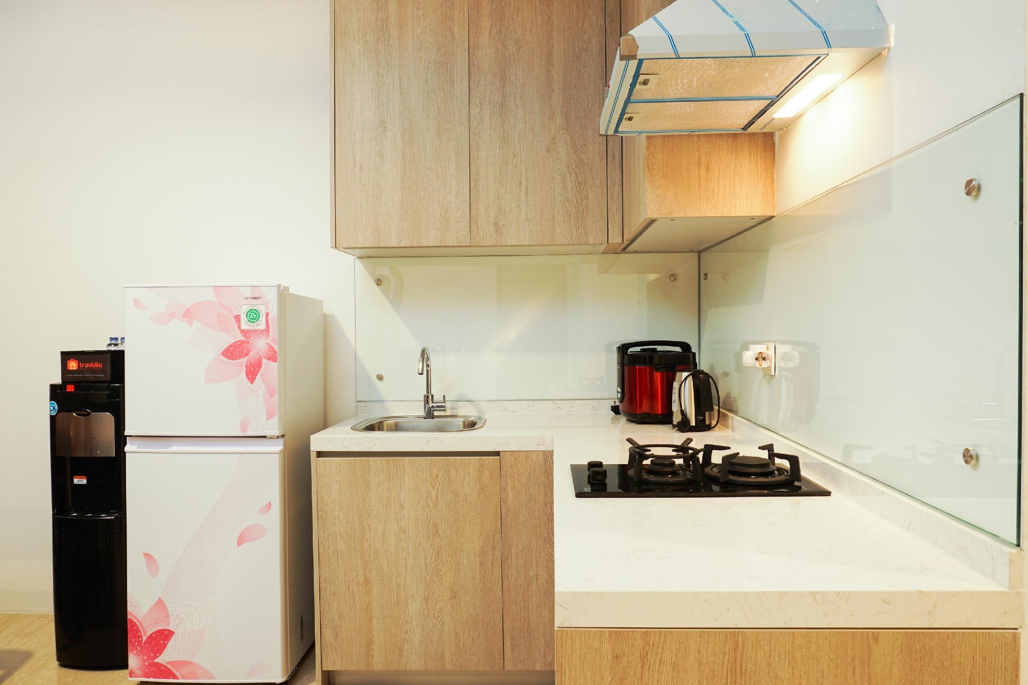 1BR Veranda Residence @ Puri Apartment By Travelio