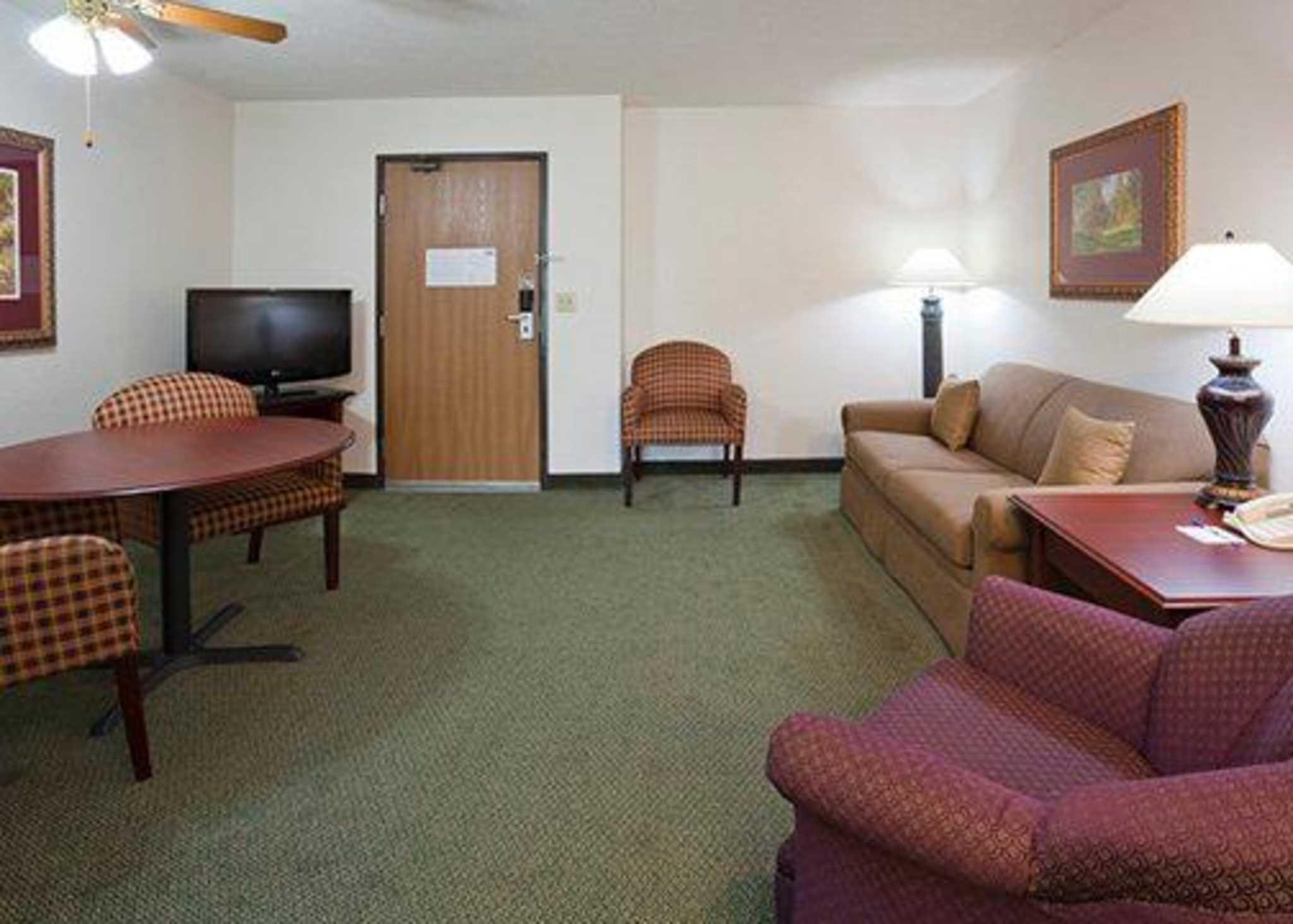 Quality Inn and Suites Eagan Discount