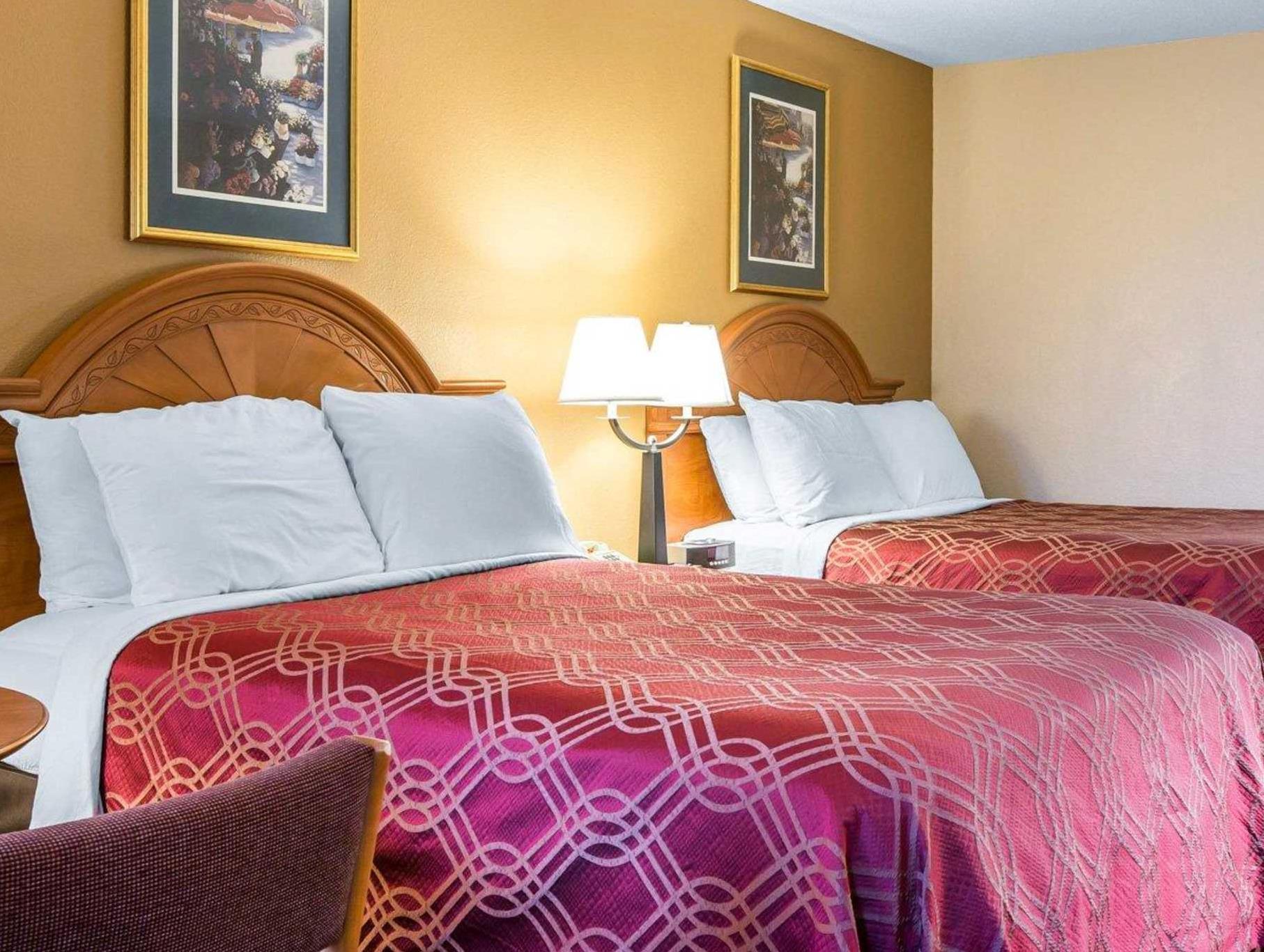 Econo Lodge Reviews