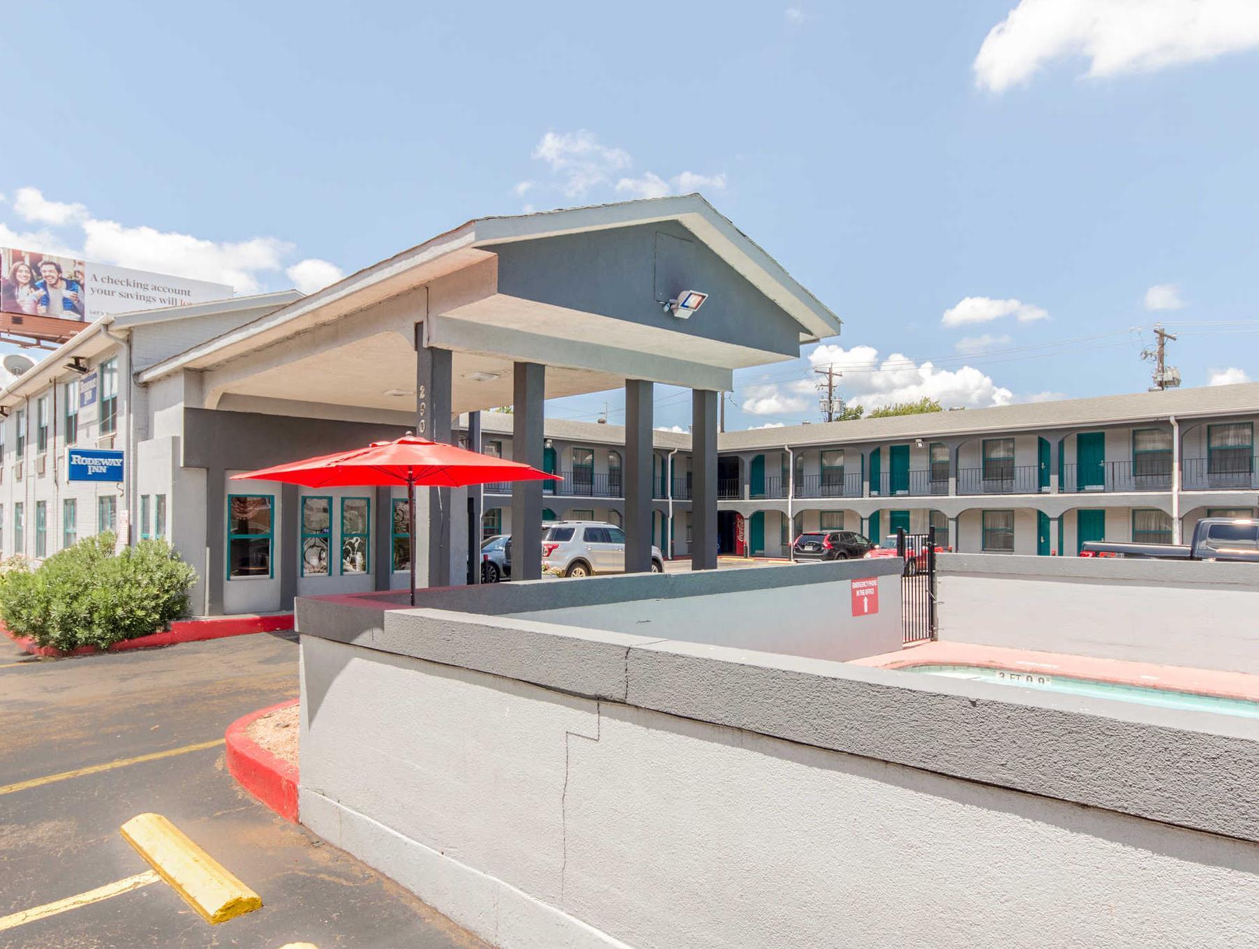 Rodeway Inn University Downtown