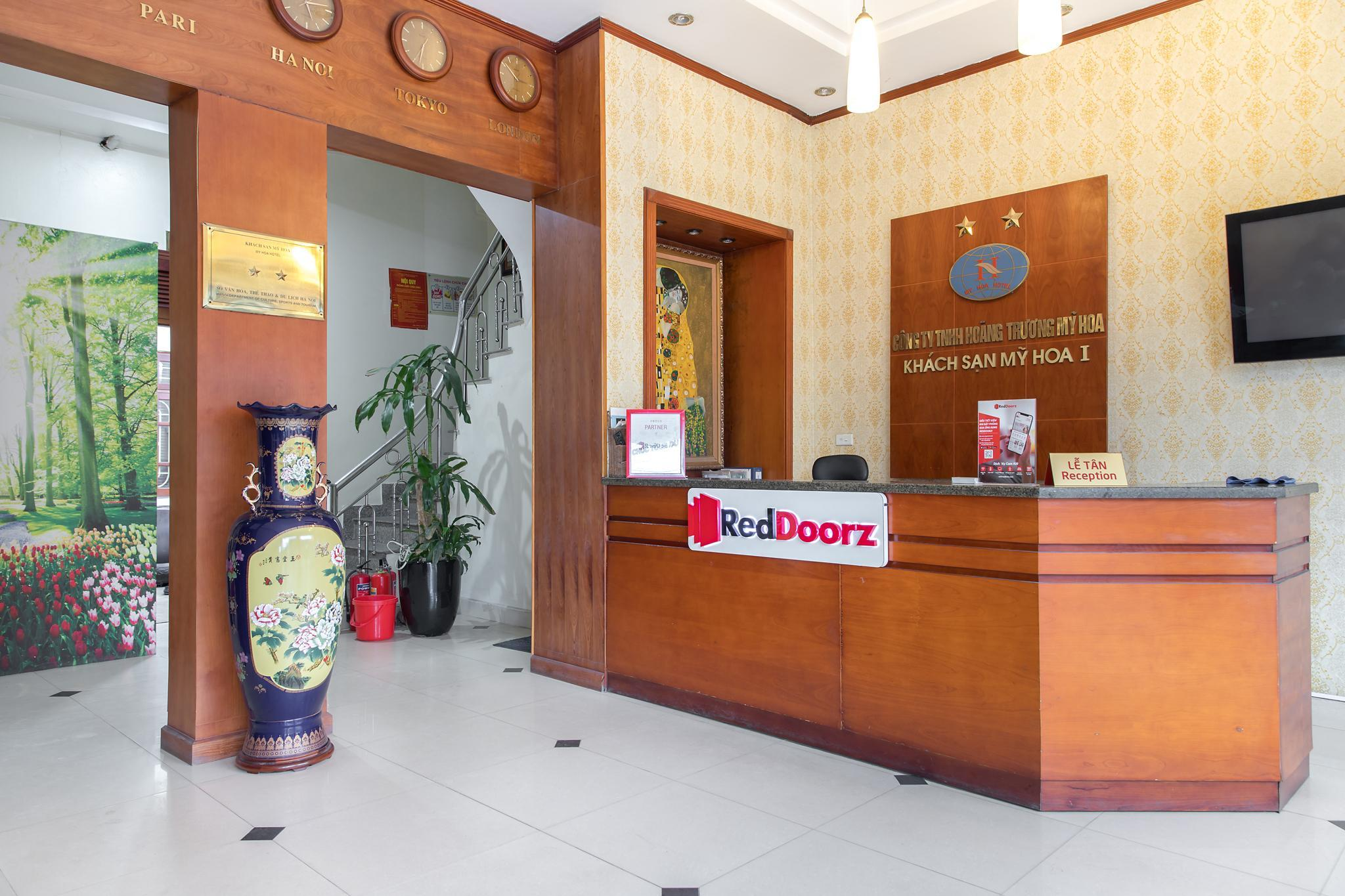 RedDoorz Near My Dinh Bus Station 2