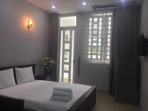 APARTMENT 602 - FREE AIRPORT SHUTTLES - 1 BEDROOM Ho Chi Minh City