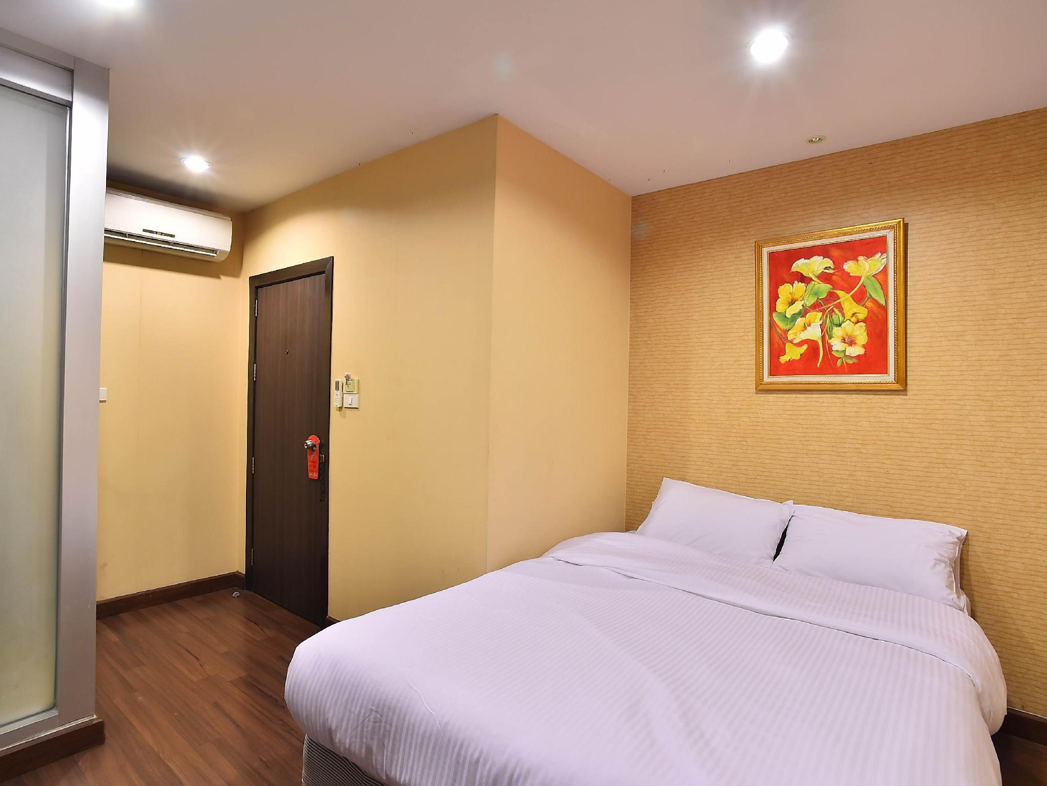 Take A Rest Sukhumvit Hotel