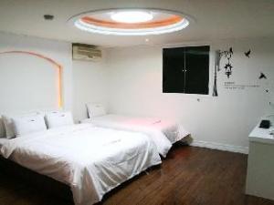 Dream Hotel Hwagok