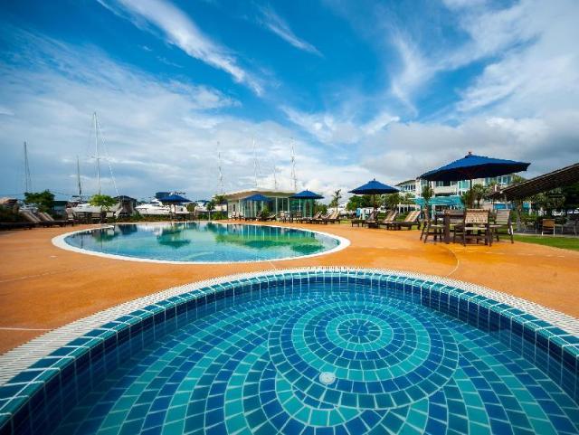 กระบี่ โบ๊ต ลากูน รีสอร์ต – Krabi Boat Lagoon Resort