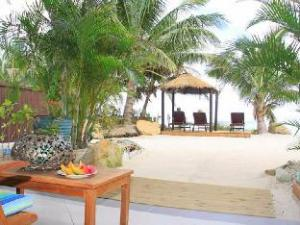 Moana Sands Beachfront Villa