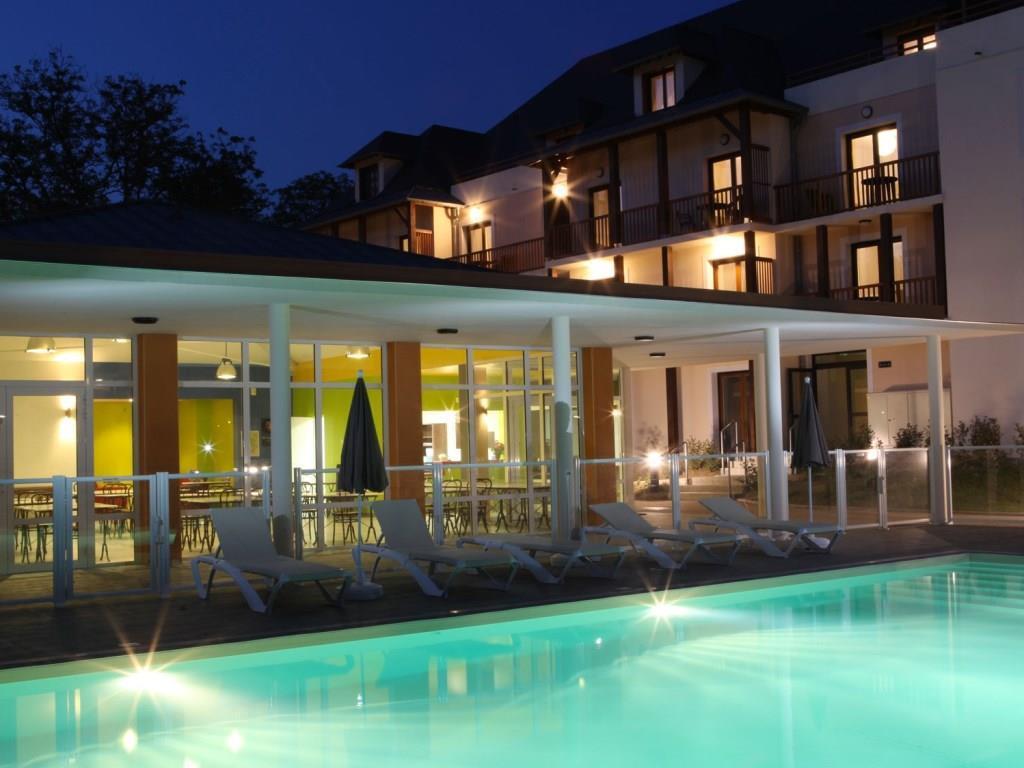 Zenitude Hotel & Residences L'Acacia