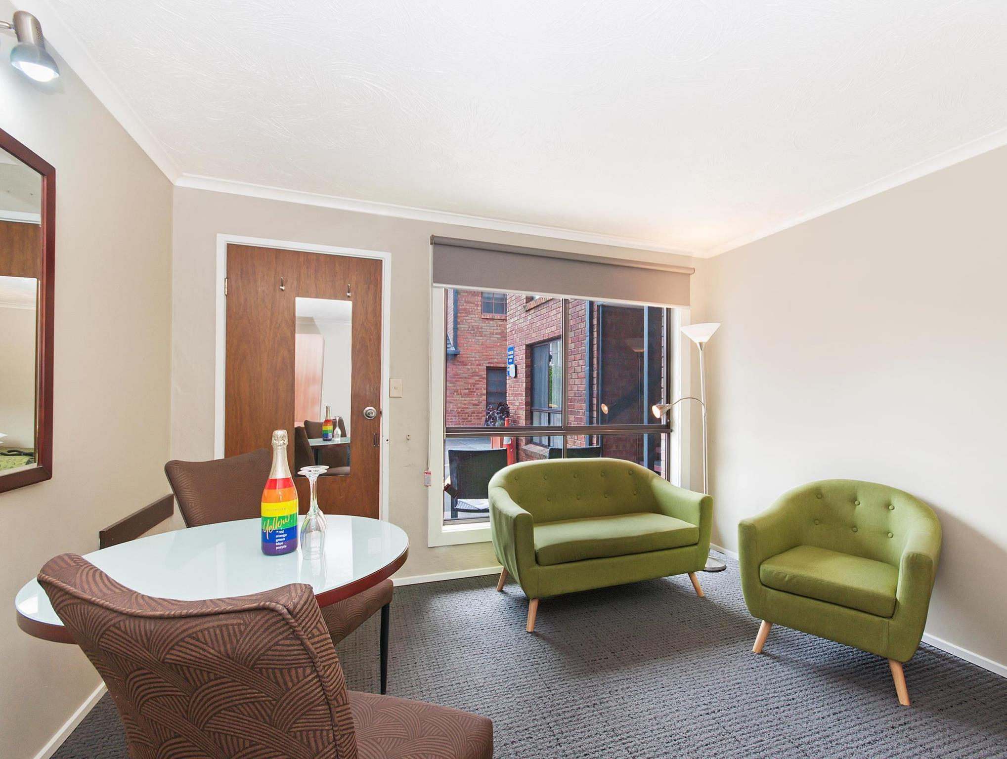 Discount Best Western Tudor Motor Inn Hotel