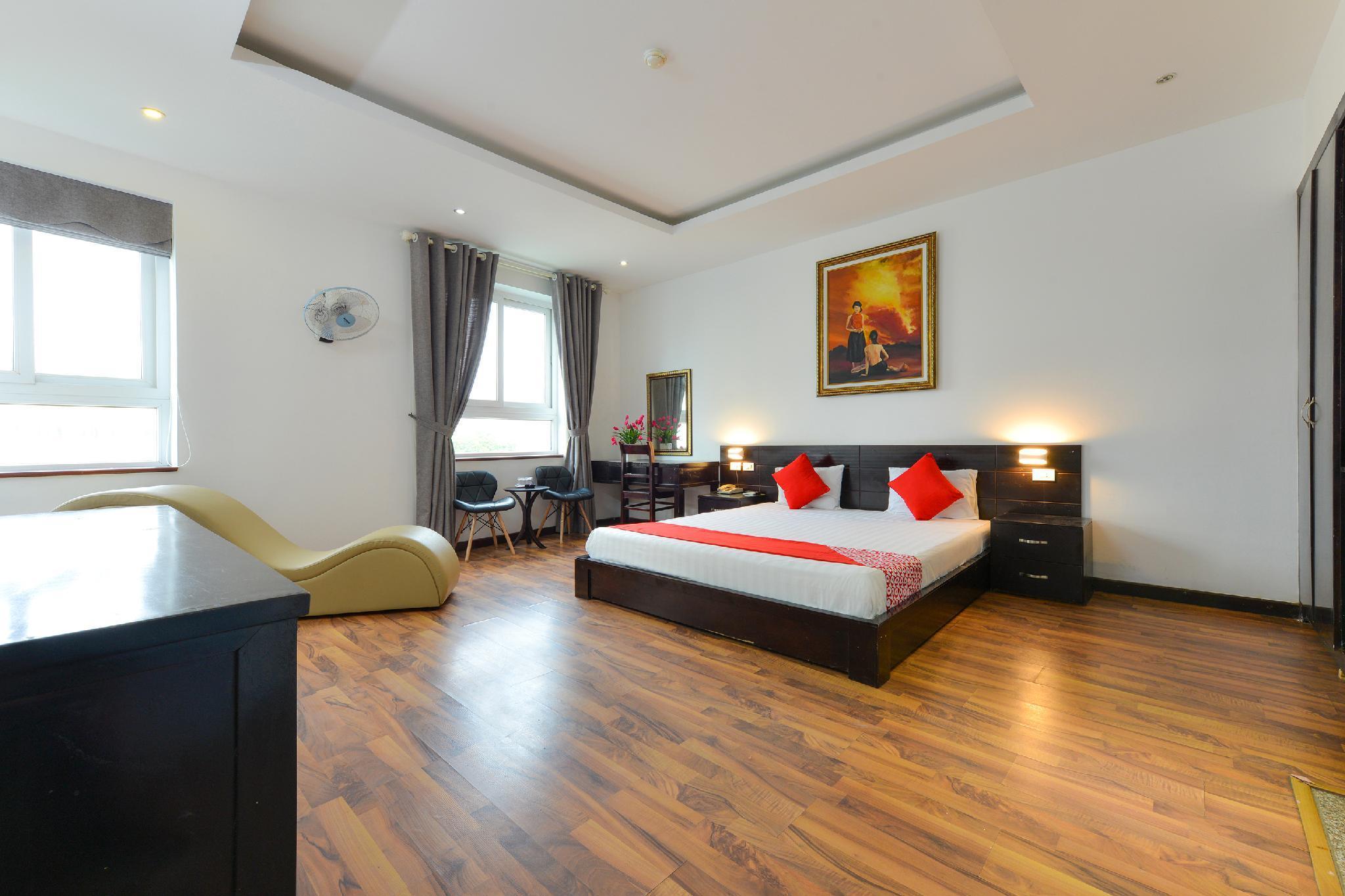 OYO 293 SOHO Hotel