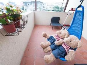 Vanilla Bear Riverside Bed and Breakfast- I