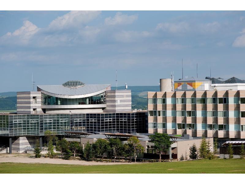 Northern Arc Resort Hotel