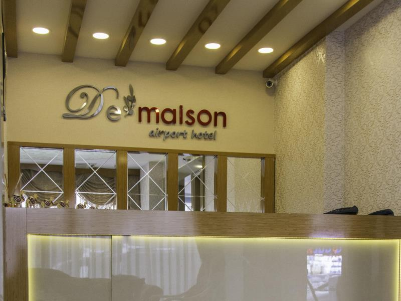 De Maison Airport Hotel