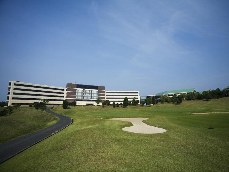 Spring Golf And Art Resort Awaji