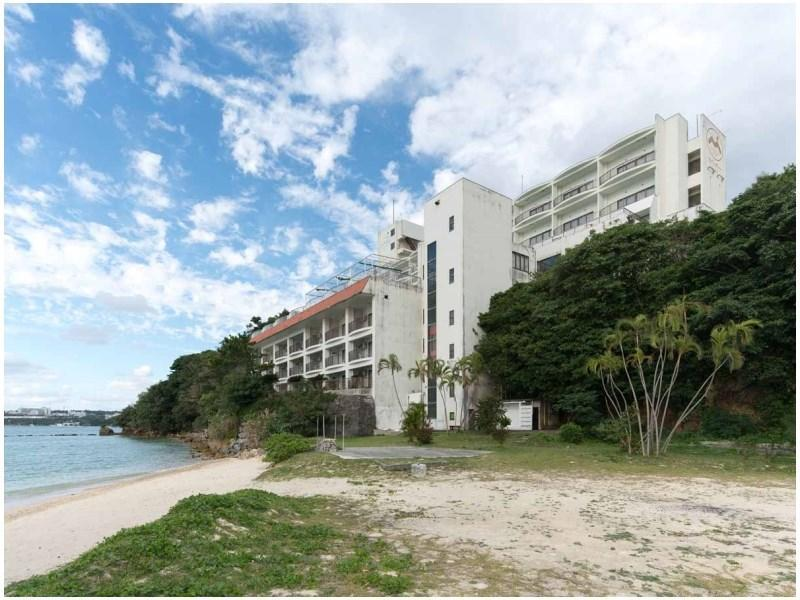 Hotel Motobu Resort