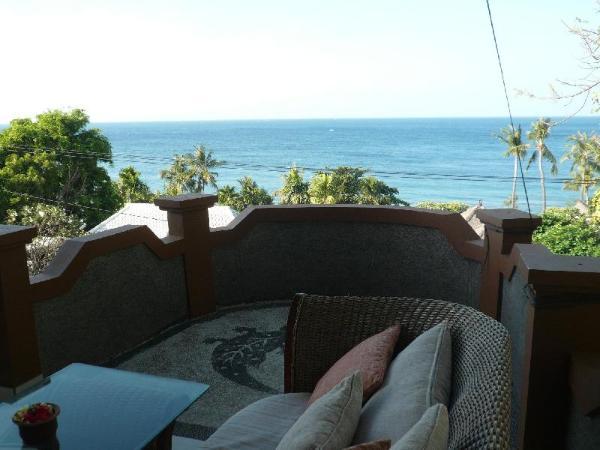 Cest Bon Cafe and Homestay Bali