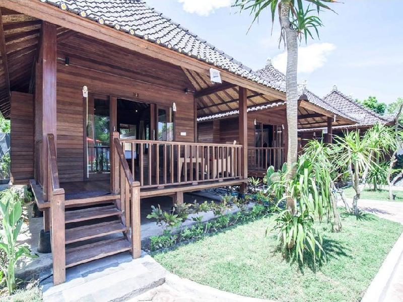 Lembongan Garden Cottages