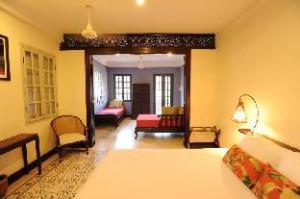 Lotus Villa  Hotel