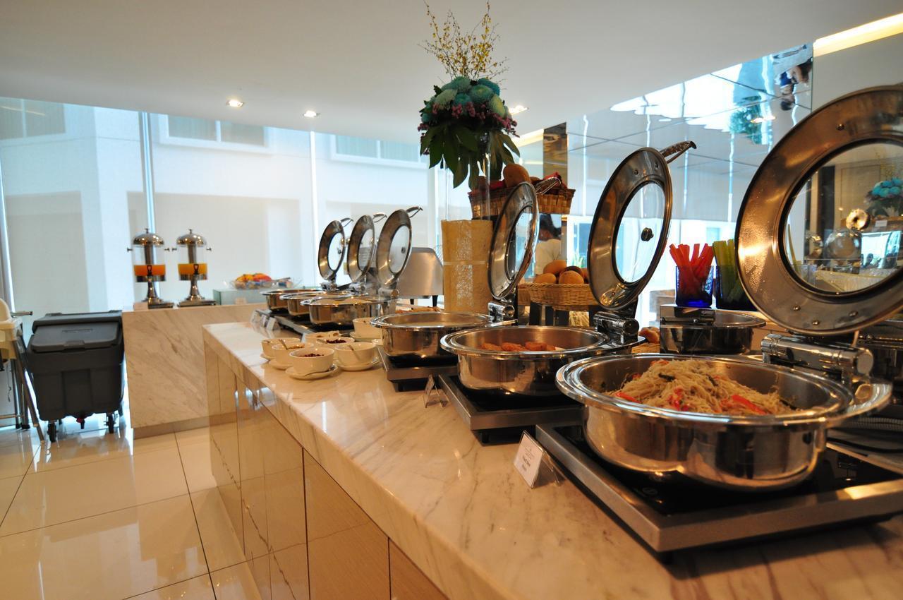 1 BR Luxury Apartment With WiFi & Balcony @ Damas