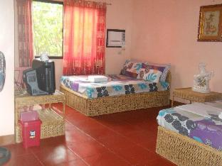 picture 2 of Lagrosa Backpackers