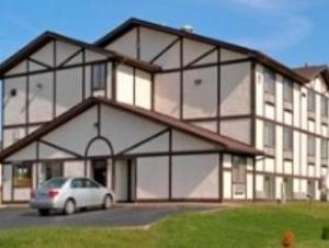 Super 8 Motel - Springfield/North/I-44