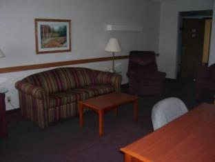Cleveland Willoughby Travelodge Hotels image
