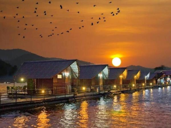 Siam Silver Lake Resort Kanchanaburi