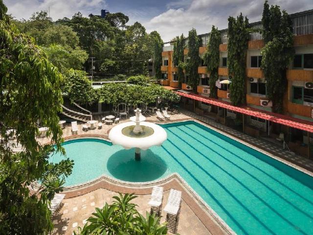 ซีชอร์ พัทยา รีสอร์ต – Seashore Pattaya Resort