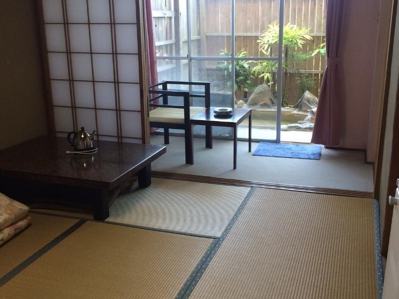 Hiranoya Hotel