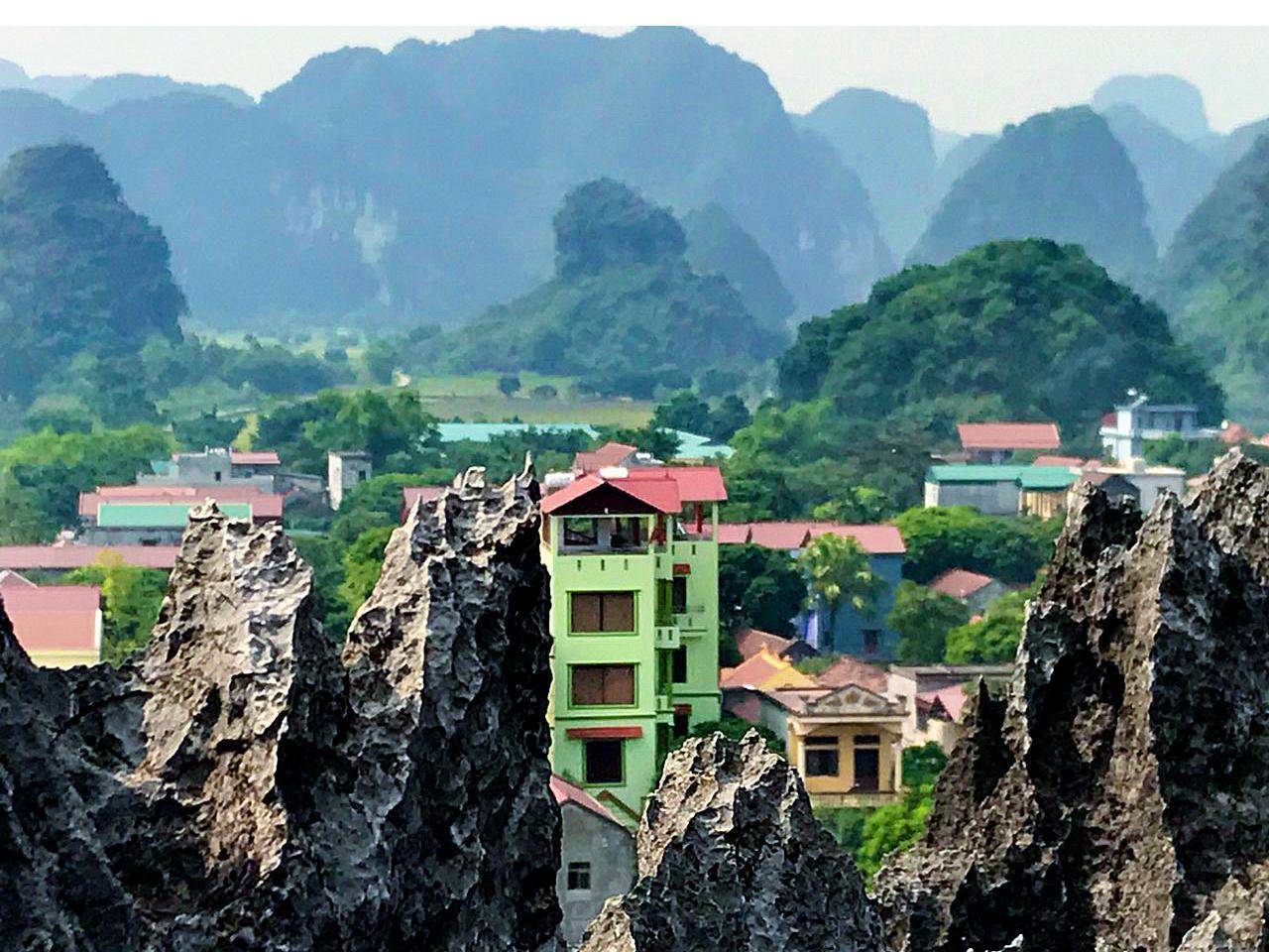 Trang An Mountain View Homestay