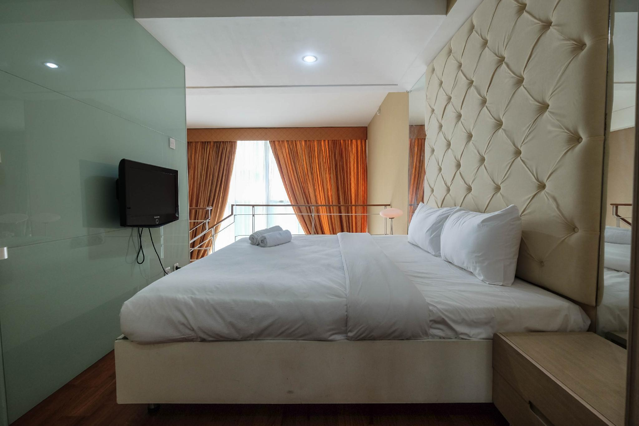 Spacious 1BR Two Level Apartment At CityLofts Sudirman By Travelio